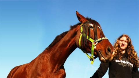 Heidi mit ihrem Pferd Anne