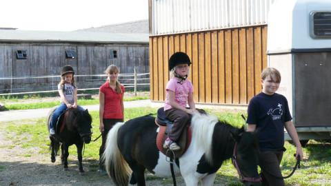 Kinderhort Naunhof auf dem Reiterhof