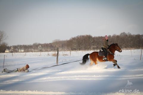 Neuschnee regt zum Wintersport an